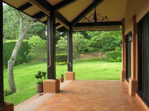 Terrazas techadas estilo chilenas buscar con google for Terrazas rusticas techadas