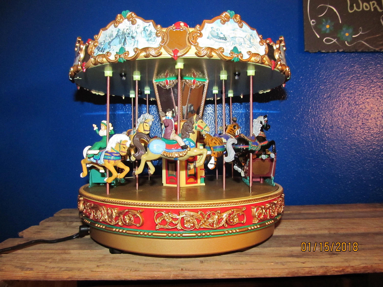 Mr Christmas Carousel.Tested Working Mr Christmas Holiday Around The Carousel