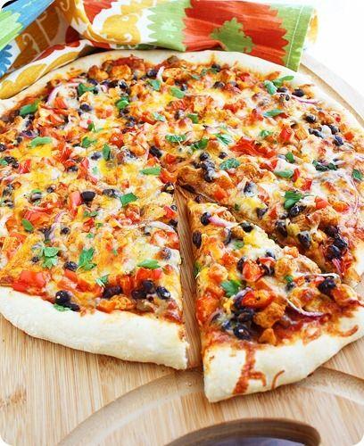 Chicken Fajita Pizza - pizza with Christmas colors