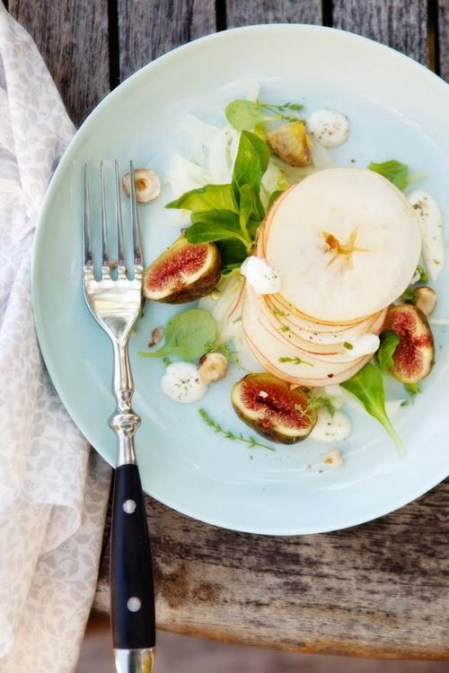 Thinly Sliced Apple With Fig Salad