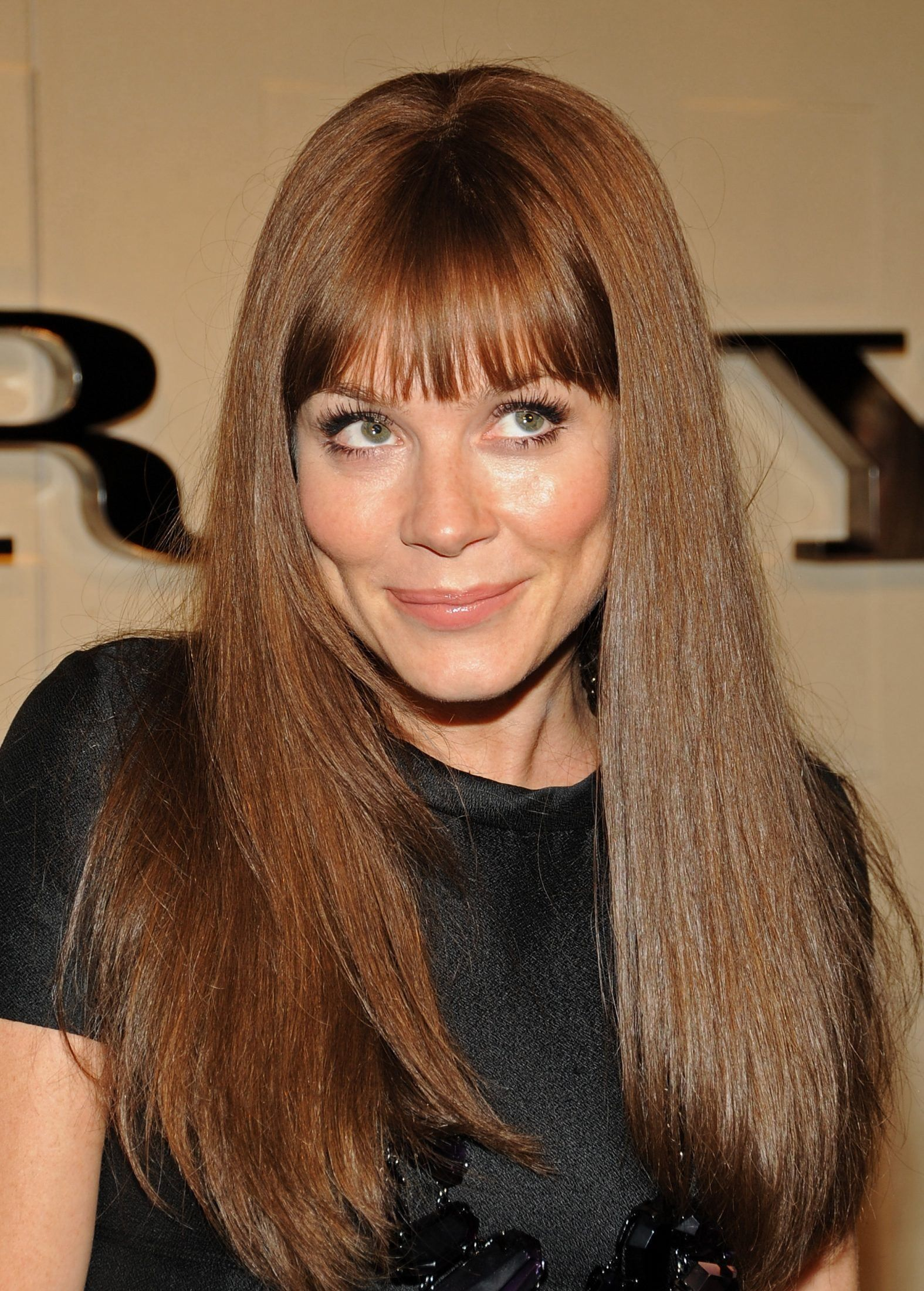 anna friel fansite