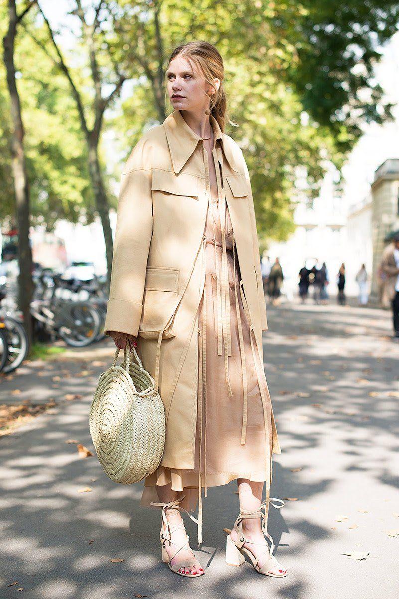 Paris Fashion Week Street Style Spring 2018 Beige Look