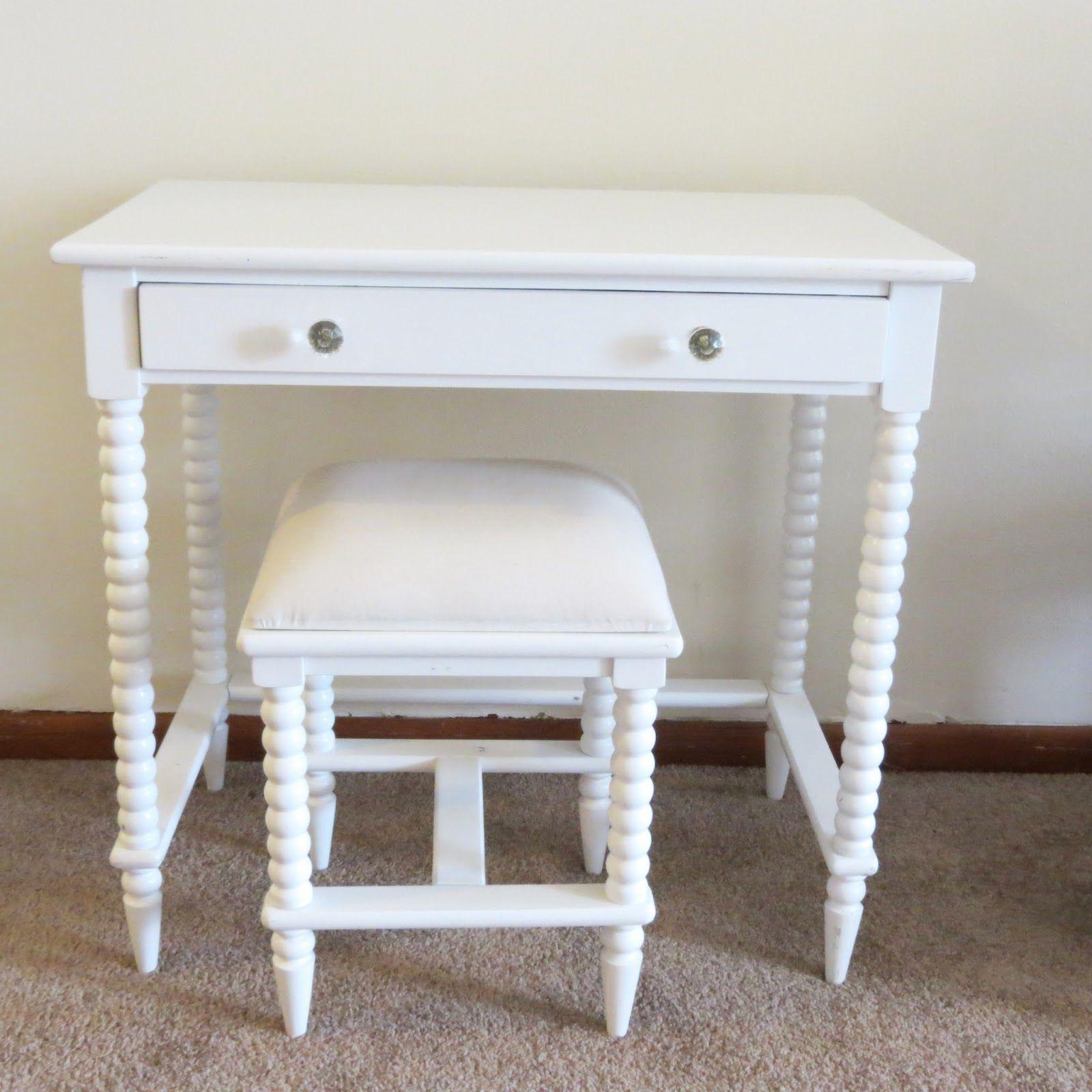 Bedroom Vanity Table