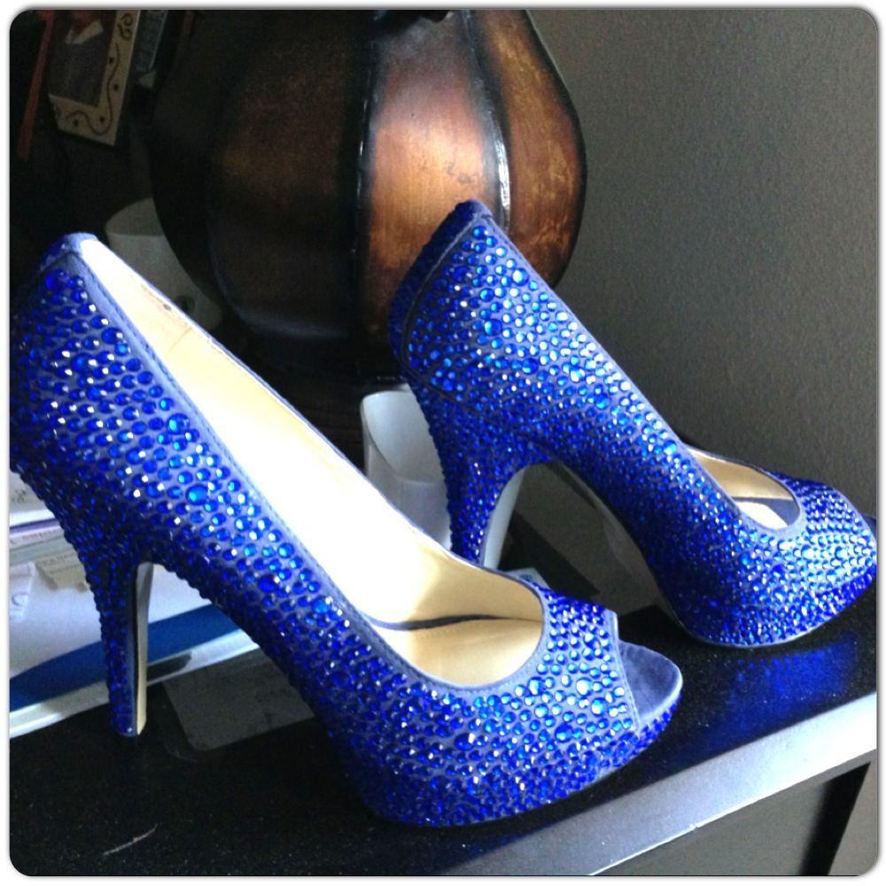 sparkly cobalt blue wedding shoes doooooonnnnnnneeeeeeeeee