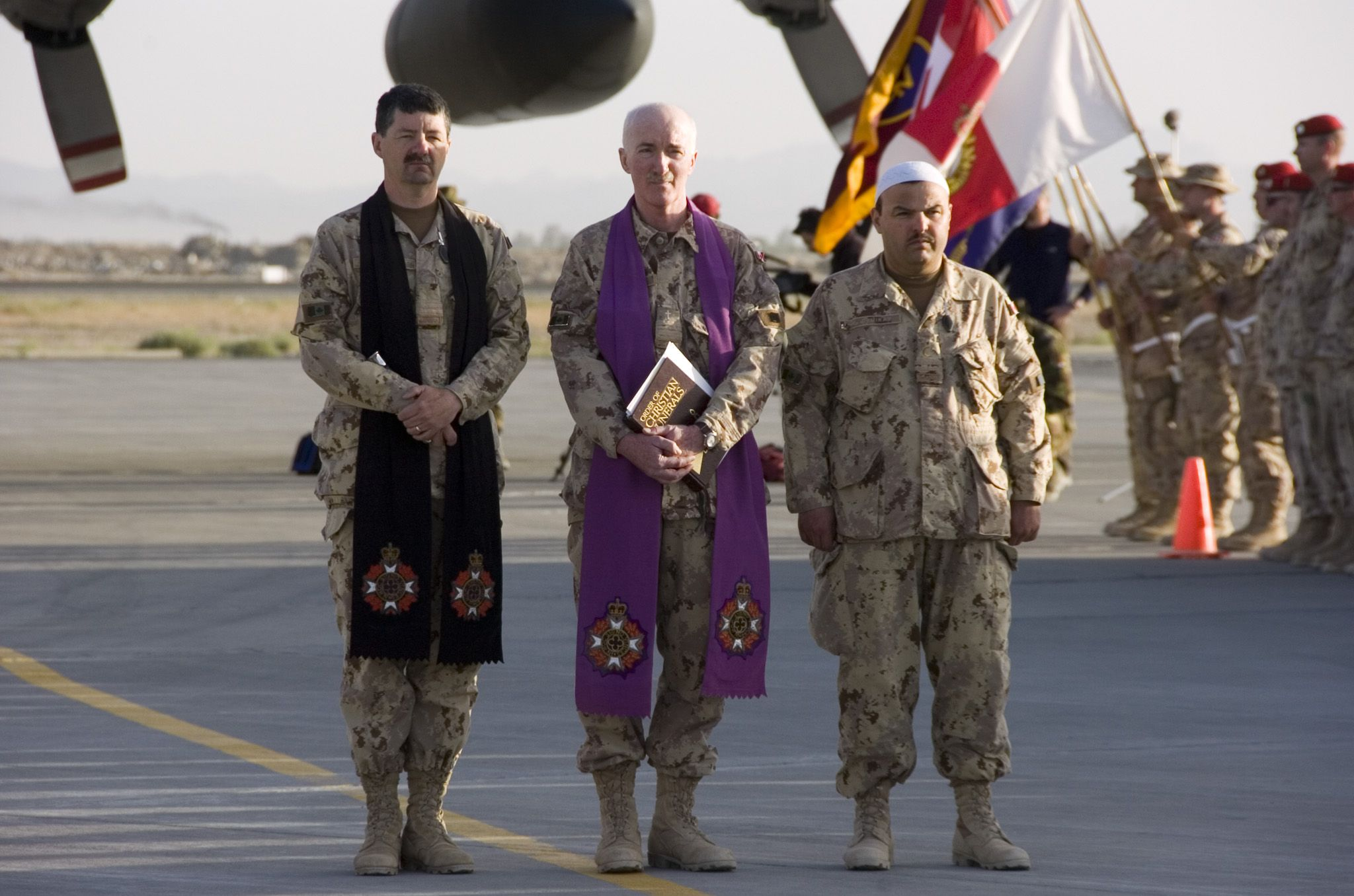 Army News National Canadian Army Article Chaplains Counsel Critical To The Army Chain Of Command Canadian Army Canadian Armed Forces Canadian Forces