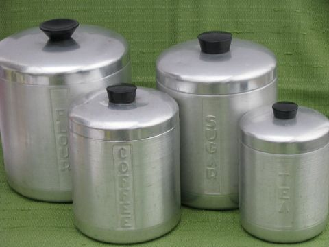 Kromex Vintage Spun Aluminum Canister Jar Set These Things Are Everywhere So Glad Kitchen Accessories Decor Canisters Vintage Canister Sets Vintage Kitchen
