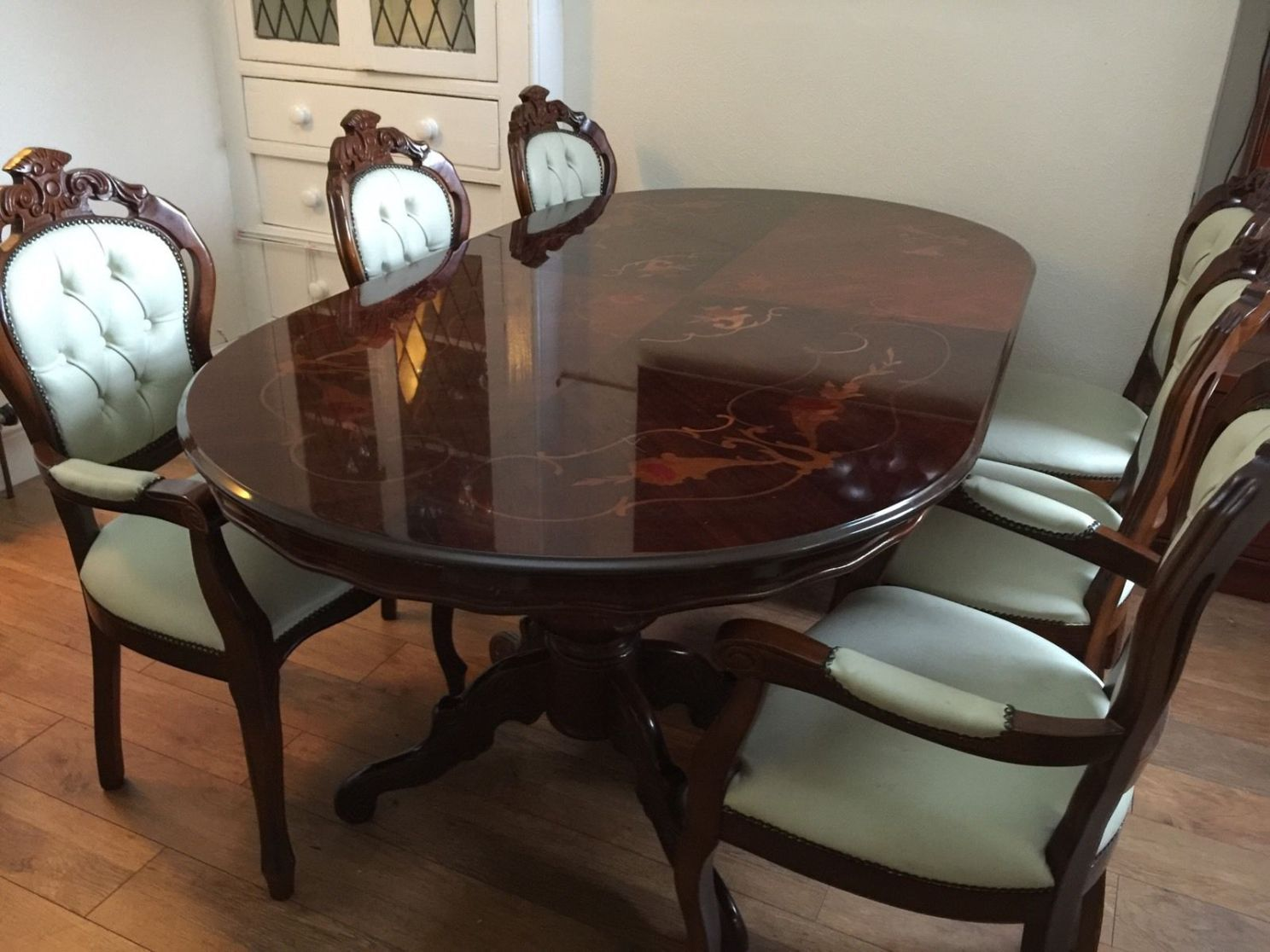 Used Dining Room Furniture; Creative Addition with Money Saving