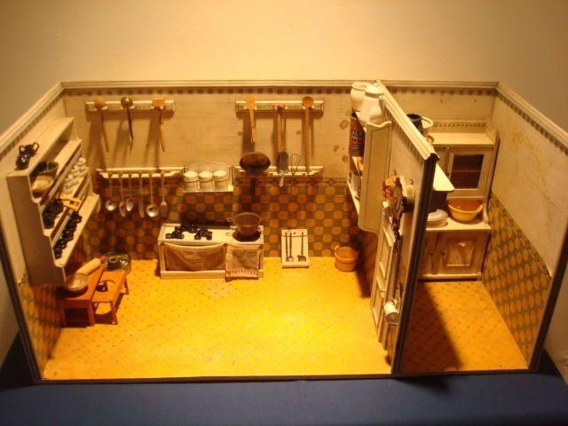 Wunderschöne antike Puppenküche um 1910 vermutlich Gottschalk mit Inventar in Antiquitäten & Kunst, Antikspielzeug, Puppen & Zubehör | eBay