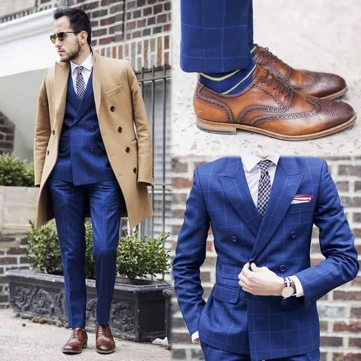Moda Meska Granatowy Garnitur Camelowy Plaszcz Brazowe Brogsy Men S Street Style Photography Blue Jacket Style Mens Fashion