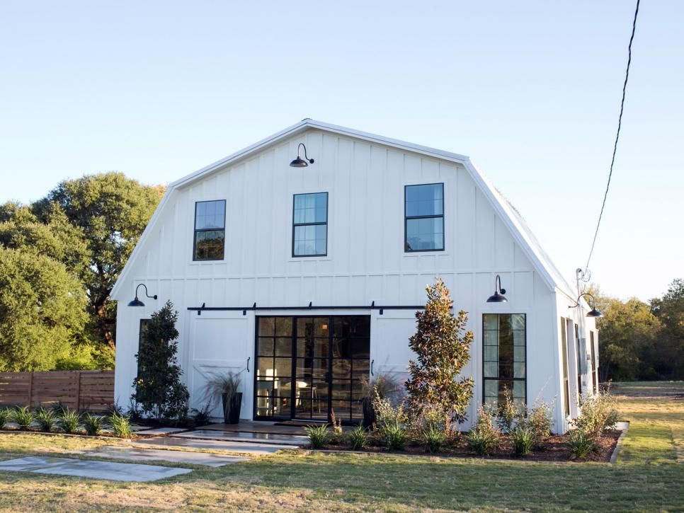 Fixer Upper A Very Special House in the Country Chip gaines