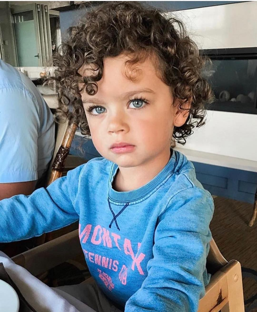 Your Age 5 Is When You Ll Get Your First Child How Old Will You Be 6ixmami Curly Hair Baby Curly Hair Baby Boy Cute Baby Videos