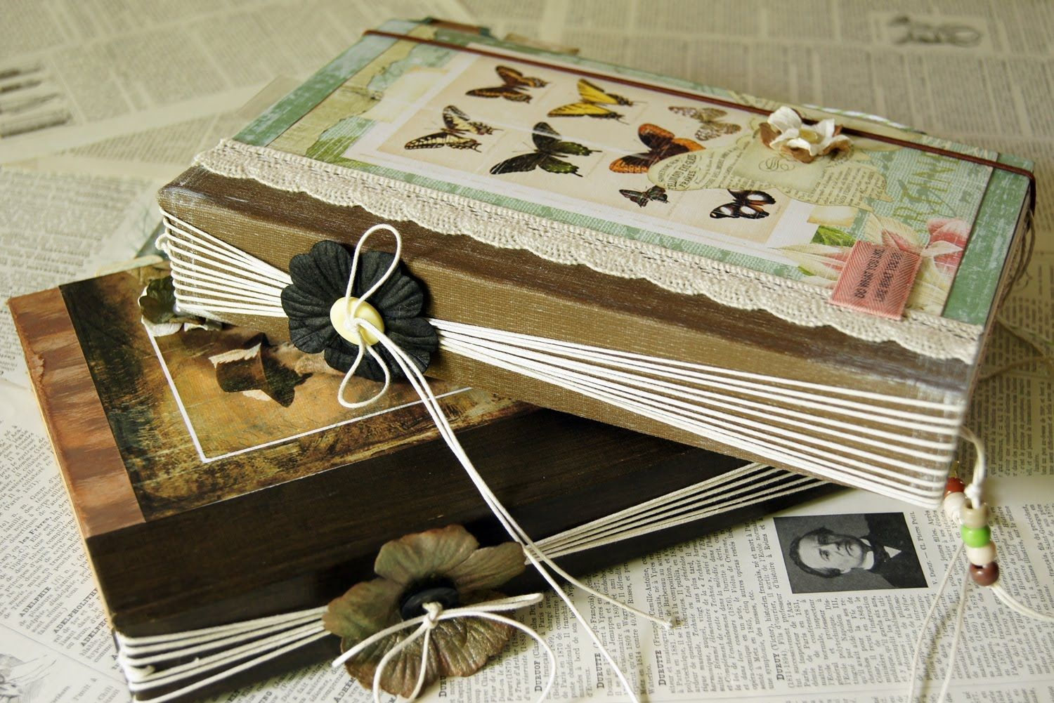 Easy Twine Binding Junk Journal Great Tutorial Easy To Understand Using Old Book Cover Your Own Pages Vintage Junk Journal Handmade Journals Diy Journal