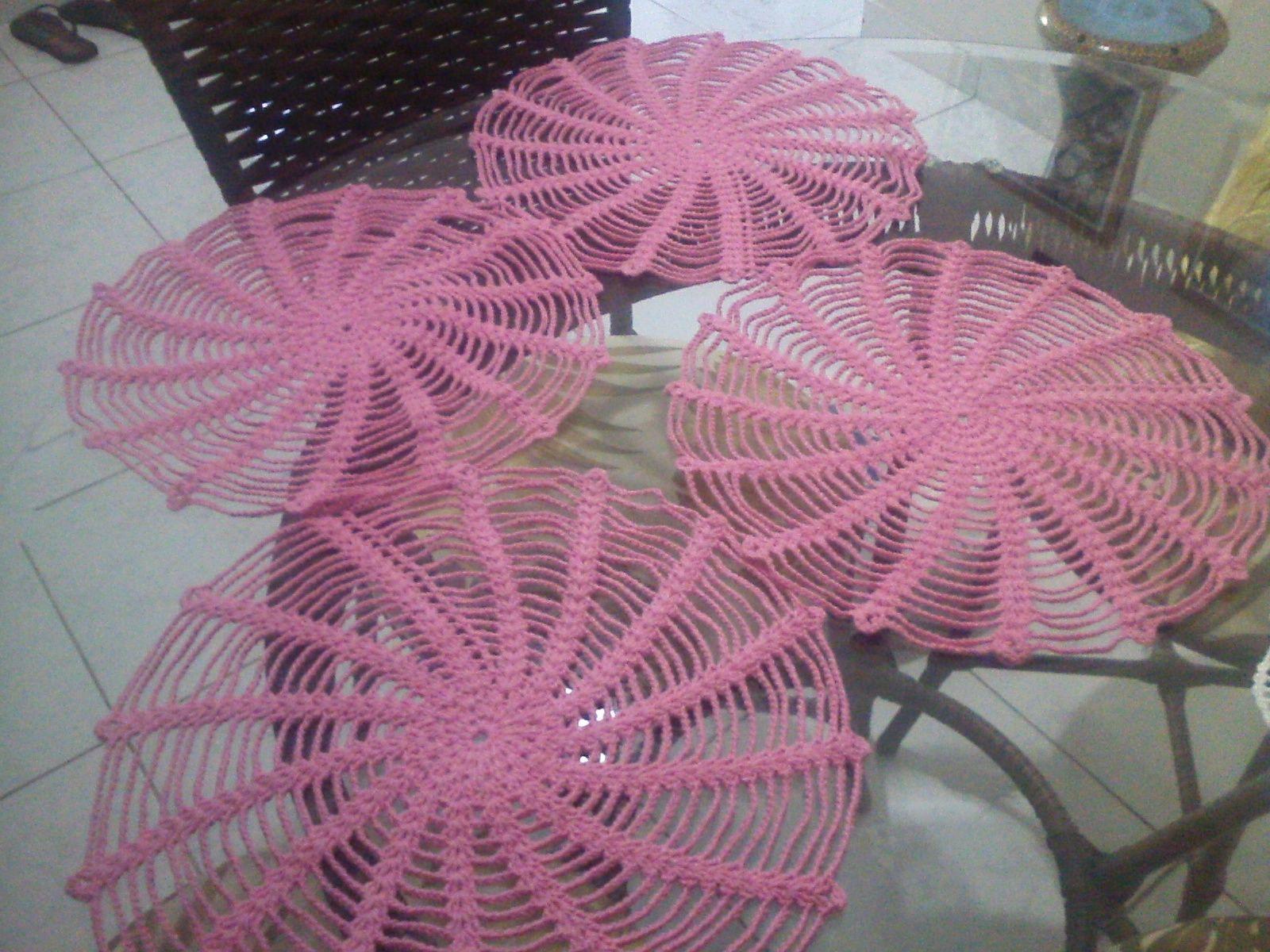 Sousplat de crochê rosa. Linha de algodão.