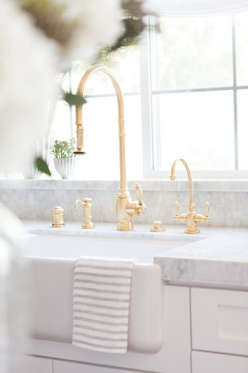 chic white kitchen with gold hardware 5 - Gold Kitchen Faucet