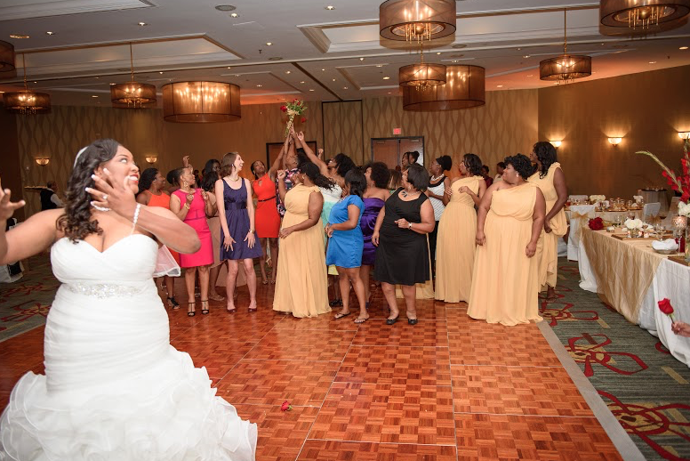 The Doubletree by Hilton Hotel in downtown Nashville can help you plan your rehearsal dinner, wedding or reception. Click the image for more details. Photo credit: Rob Mould Photography