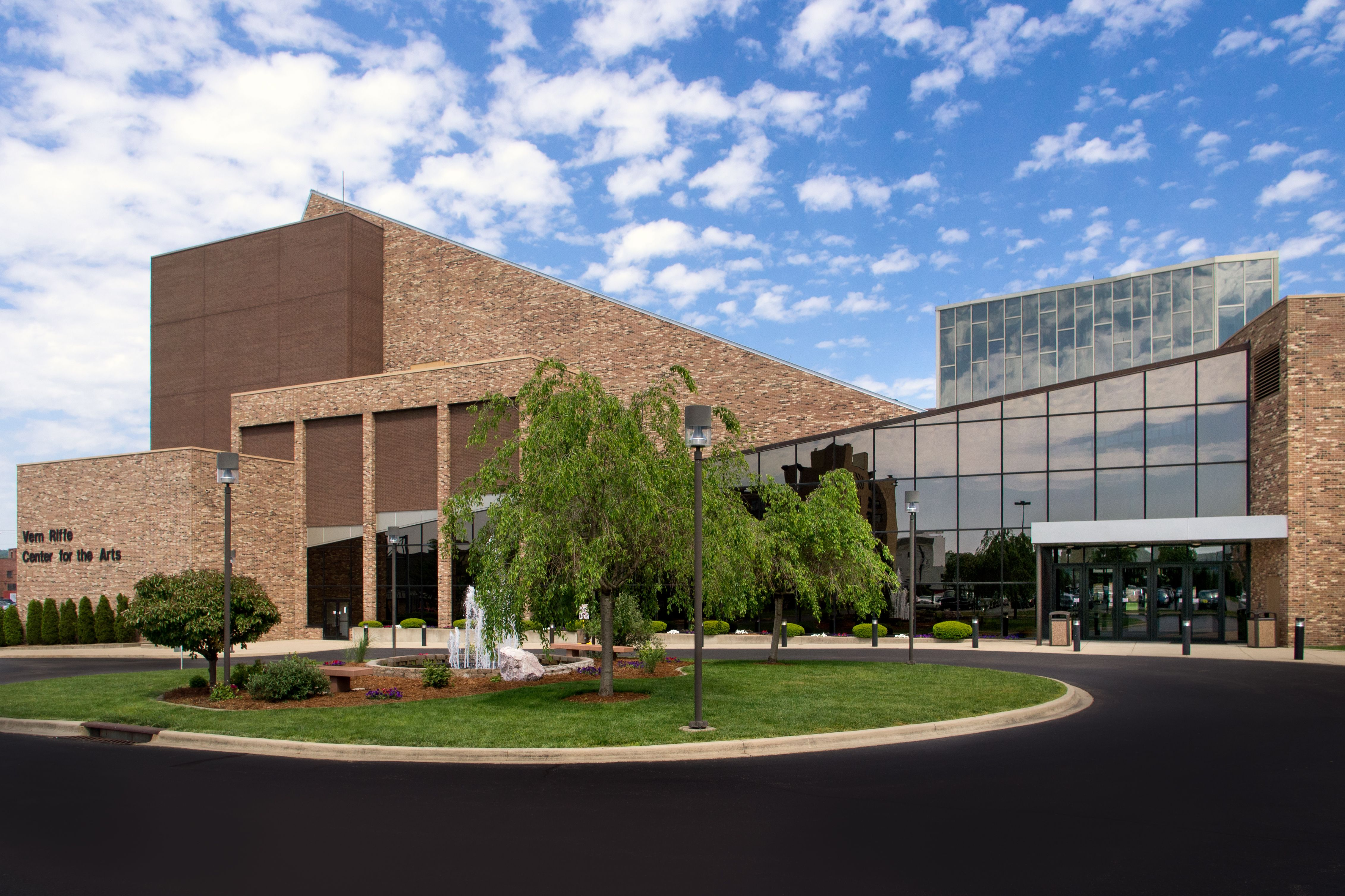 Vern Riffe Center For the Arts, photo by Jeremy Reed