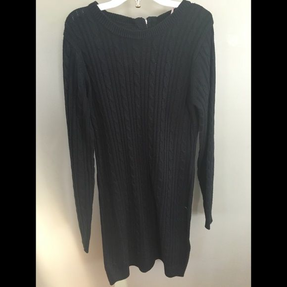 Black woven dress Black knit, midi dress, zipper on back, Capri sleeves, never worn Forever 21 Dresses Midi