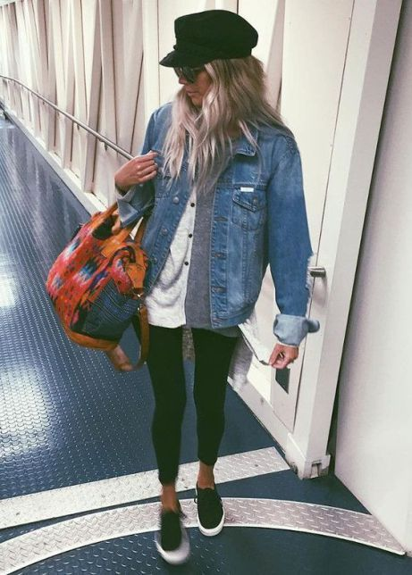 These Airport Outfit Ideas Will Have You Looking Like A Celeb In No Time #vacationoutfits