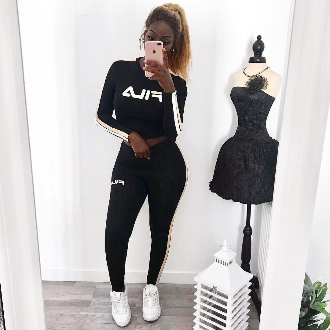 prix bas beau lustre meilleure sélection de Pin by ndidi belfon on outfits in 2019 | Fila outfit, Trendy ...
