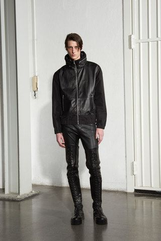 See the complete McQ Alexander McQueen Fall 2016 Menswear collection.