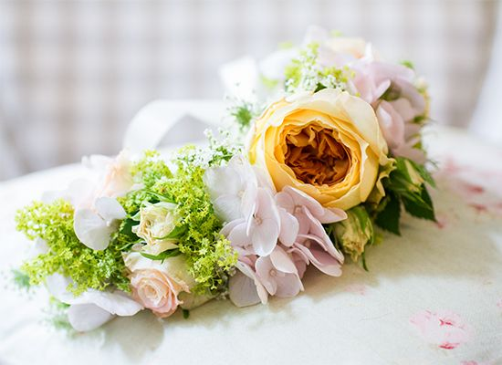 Bridesmaid bracelet - Konzept Umsetzung & Photography by www.english-rosarium.ch