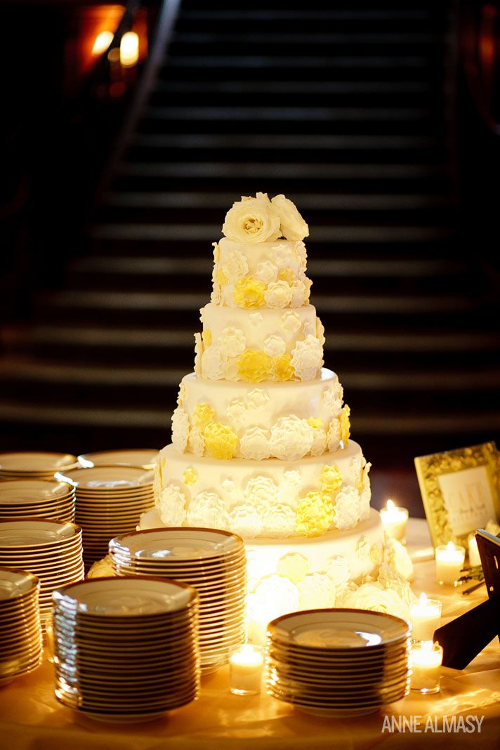 5-tier wedding cake, yellow & ivory | Photo: Weddings | Pinterest ...