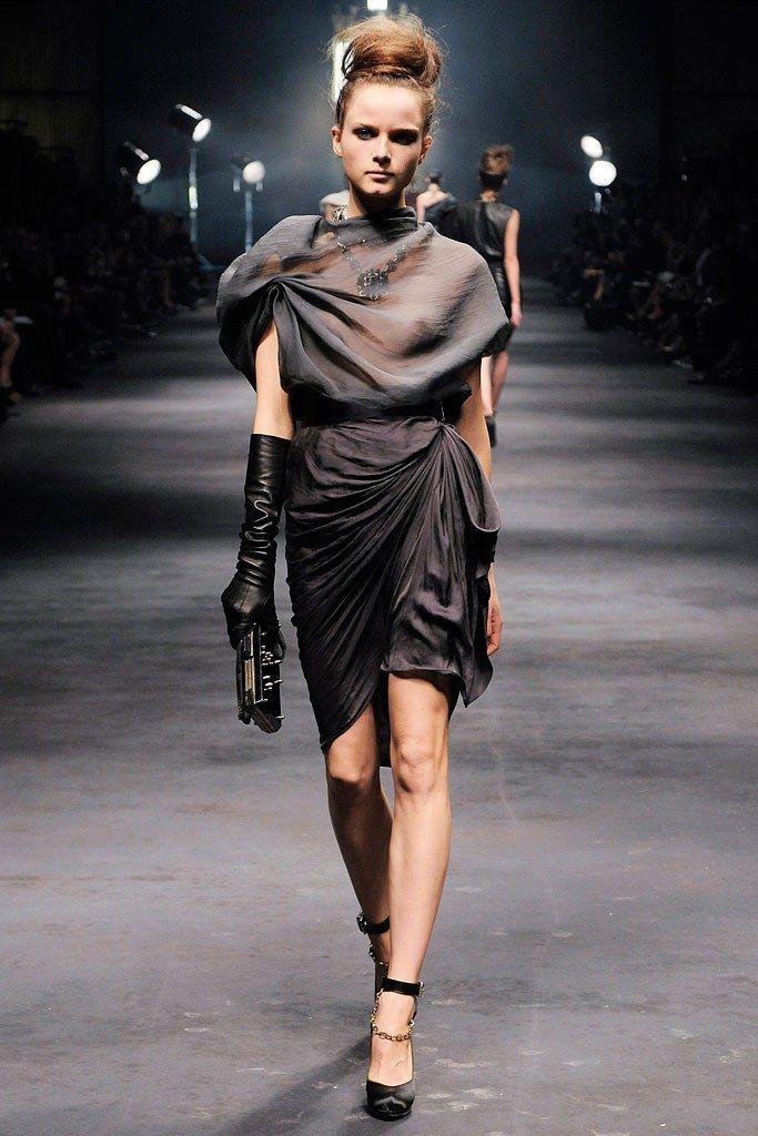 Lanvin Spring 2010 Ready To Wear Fashion Show Origami DressRunway