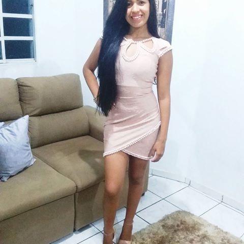 2018💟🌹👏 #amor #paz #felicidade #risadas #anonovo #pocahontas #morena #vaidosa #meiga #meninamoca #meninamulher 💋 #hairlongo #diva #hair #foto #sorriso #rapunzel #topzeira #cuidados #cabelosaudavel #cabeloderainha #pocahontas #instahair #cabeloderainha