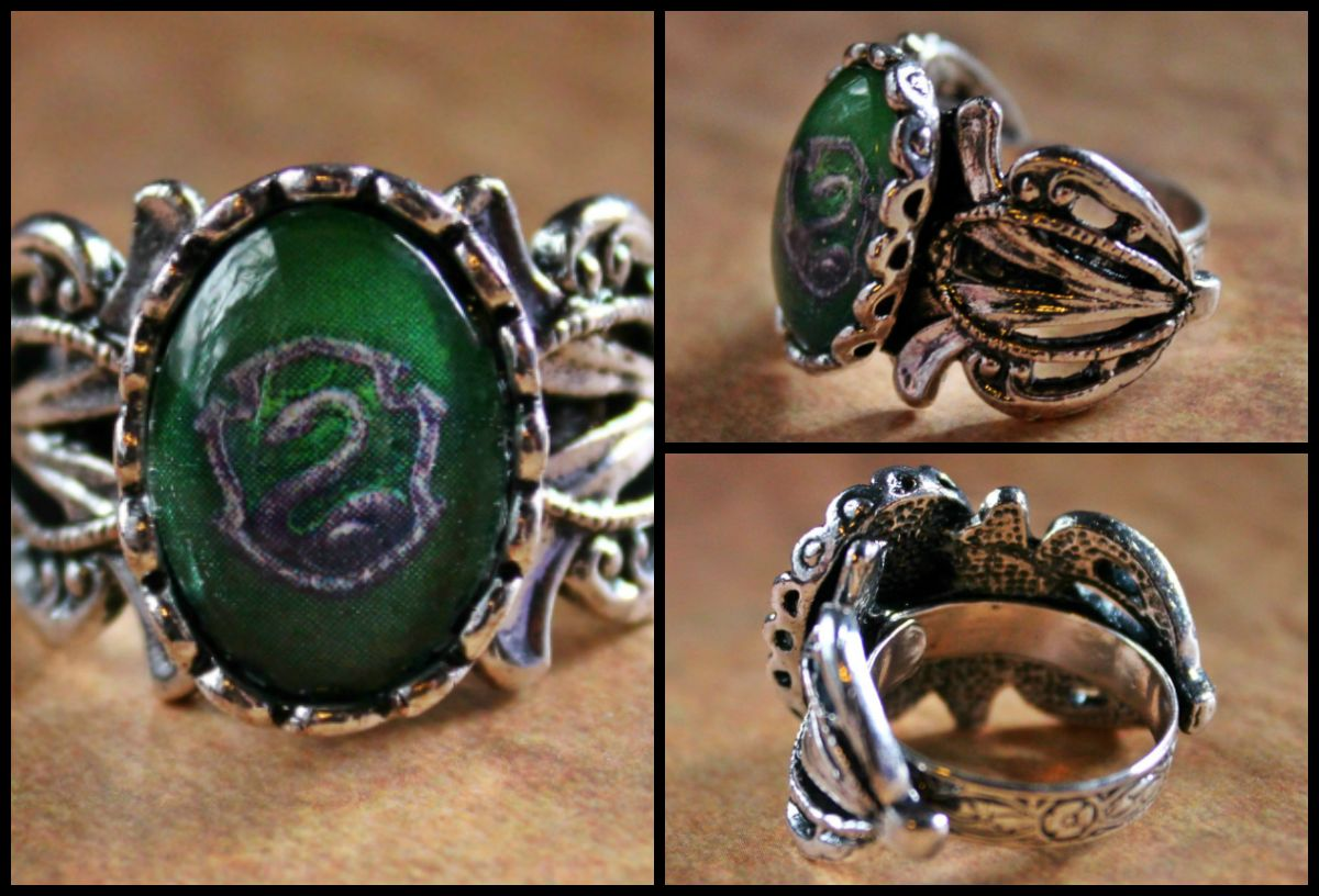 Harry Potter House Crest Class Ring -- Slytherin