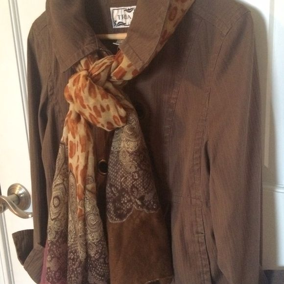 Spring Coat by Tria Stretch Brown M Trendy short zip coat adds layer during dry cool spring and fall days. Pea coat. Not trench in that it's not a rain coat. Fits petite when sleeves are rolled up. Great used condition. Tria Jackets & Coats Trench Coats