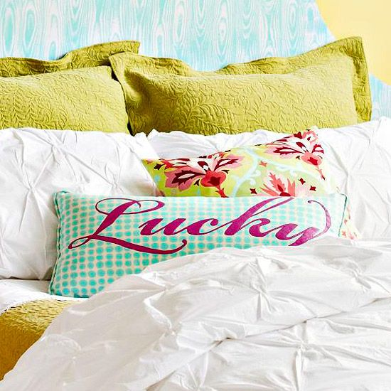 how to paint a pillow