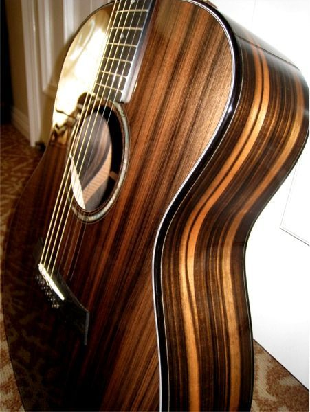 sinker redwood taylor acoustic guitar musical instruments acoustic guitar case guitar. Black Bedroom Furniture Sets. Home Design Ideas