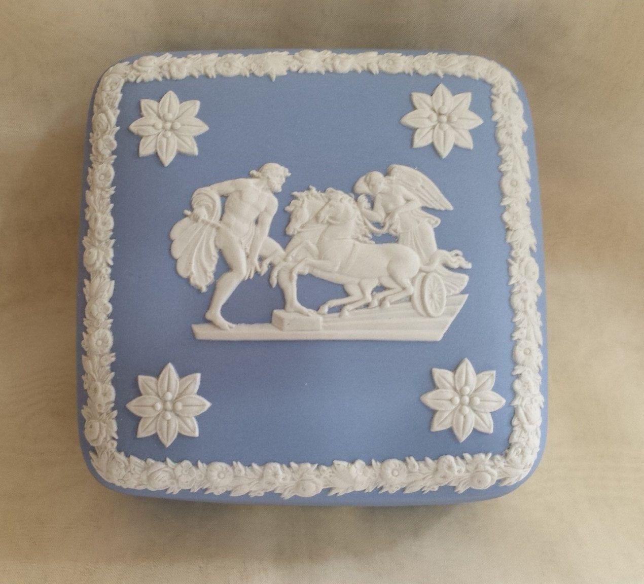 """Vintage Blue Wedgwood Jasperware 4"""" Trinket Box from1952 by KatsVintageTreasures on Etsy"""