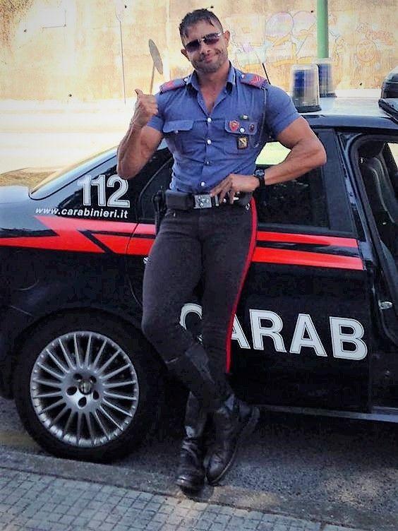 Finde einen Polizisten