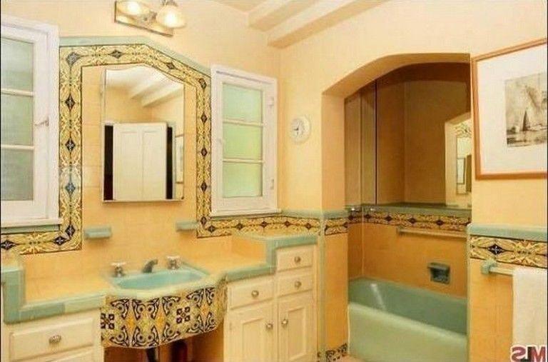 Spanish Bathrooms Remodel Spanish Bathrooms Small Spanish Bathrooms Ideas Sp Span In 2020 Spanish Style Bathrooms Bathroom Vintage Style Spanish Style Homes