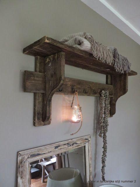 Kapstok met decoratie landelijk decoratie nieuwe huis for Decoratie gang