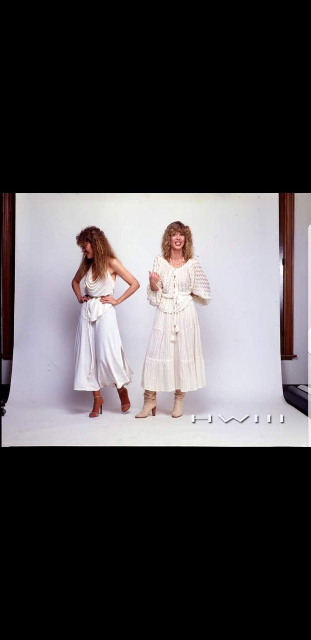 Pin By Kira Maine On Stevie Stevie Nicks Stevie Wedding Dresses [ 2220 x 1080 Pixel ]