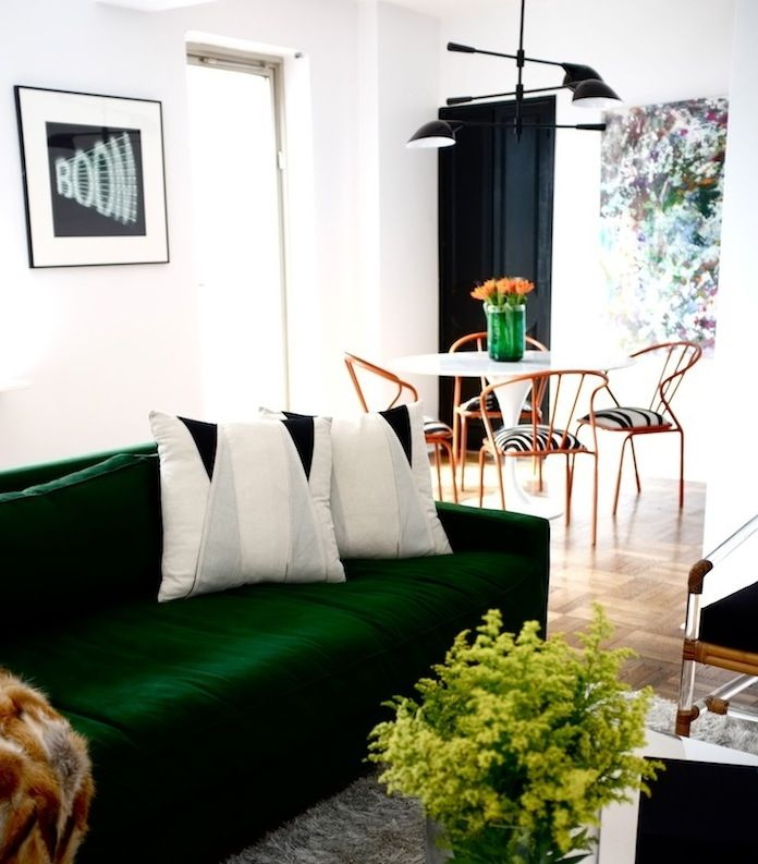 Love The Deep Emerald Green, The Light Fixture And Those Dining Chairs Are  To Die · Green Velvet SofaGreen ...