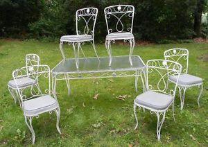 Vintage Woodard Mid Century Modern Wrought Iron Patio Set