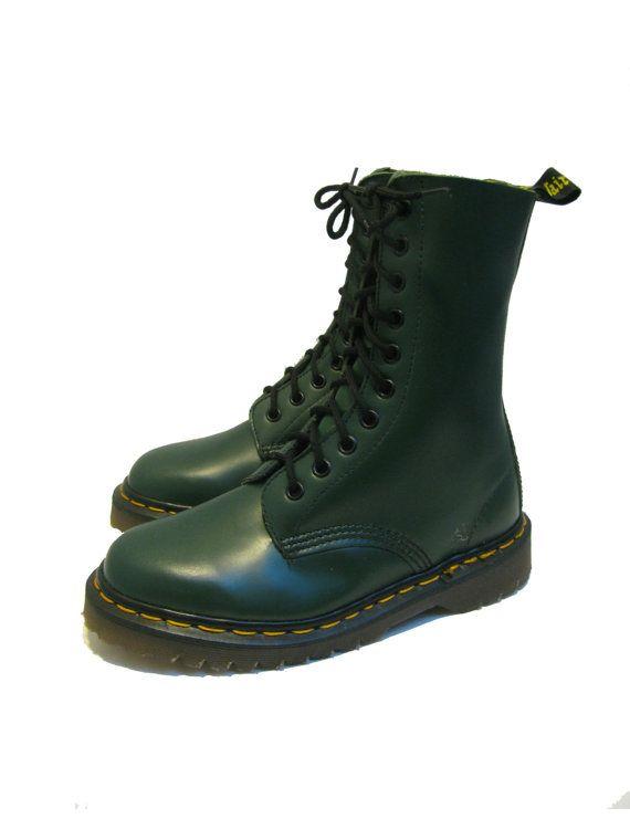 Vintage Dr Martens Boots From England Green Leather 10 Eyelet Doc Martens  DM Combat Ranger Sole