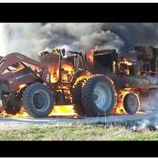 Case Ih Magnum Fire Old Tractors Case Tractors Chevy Jokes