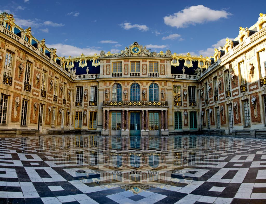 Populaire An Insight Into the Royal Chateau of the Loire Valley | Versailles  GB52