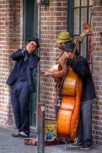 How great to find music in the street!  Makes for a happy day!