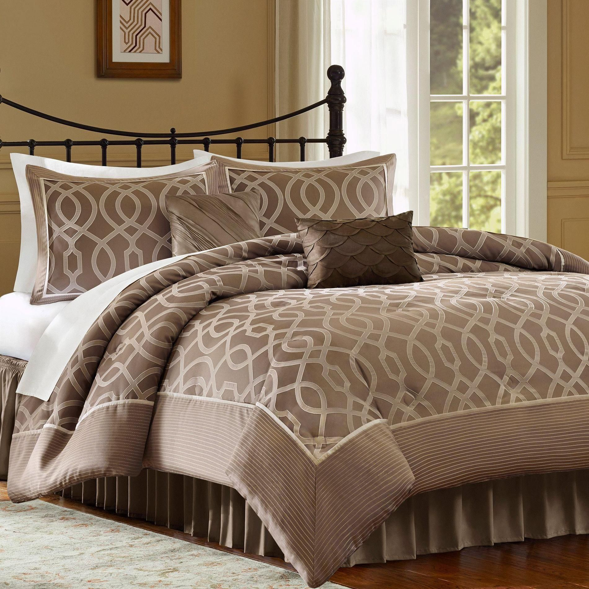 Jaclyn Smith 4 Piece Ogee Comforter Set Kmart And