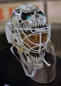 I Won T Lie And Say This Didn T Cross My Mind Goalie Mask Goalie Hockey Mask