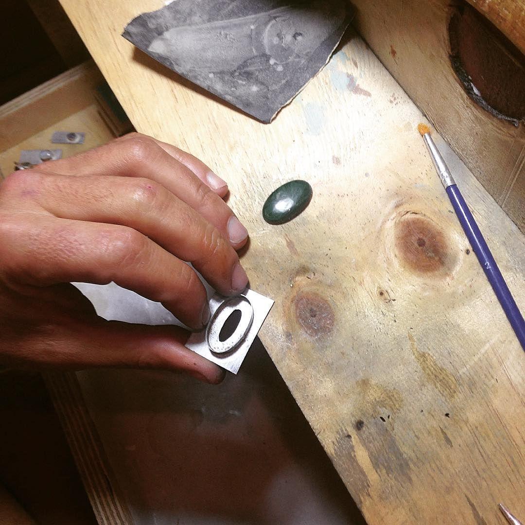 Goldsmith work in progress Trabajo en progreso, orfebrería  Rio De Magma at Instagram