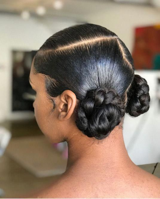 Natural hair updo for black women to style their hair at home styling.