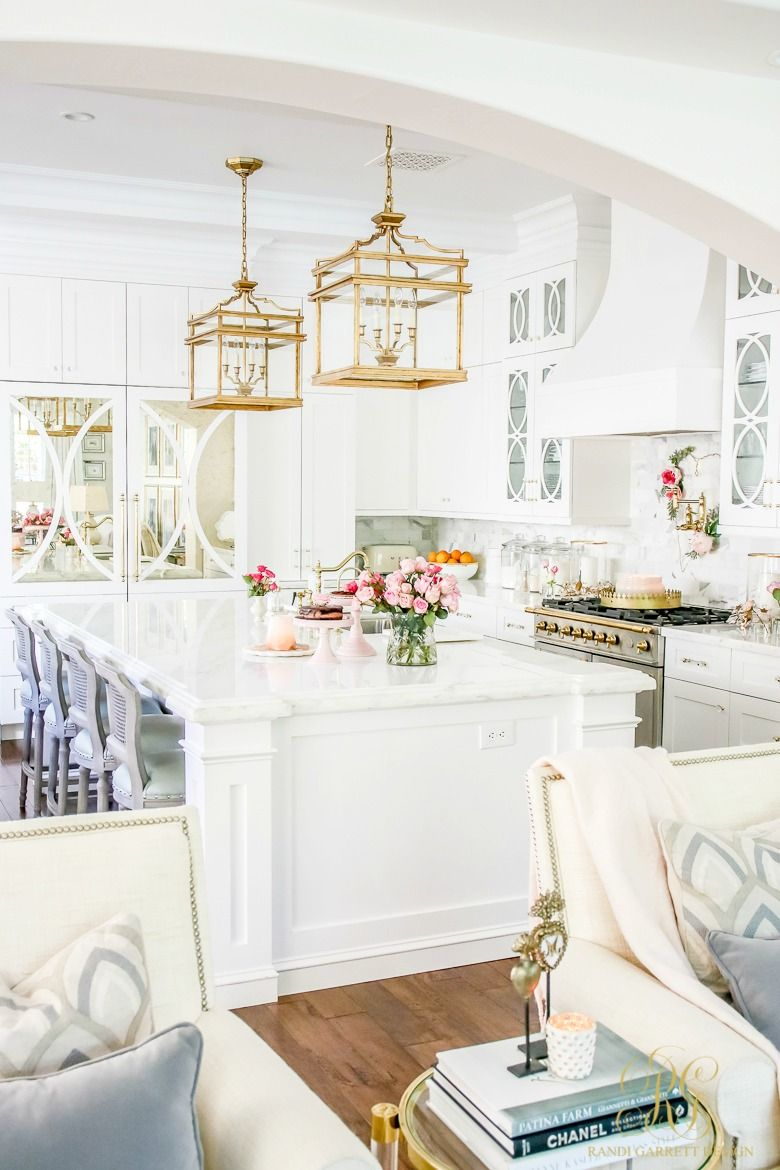 Romantic Valentine\'s Day Home Tour + Styling Tips | beautiful home ...