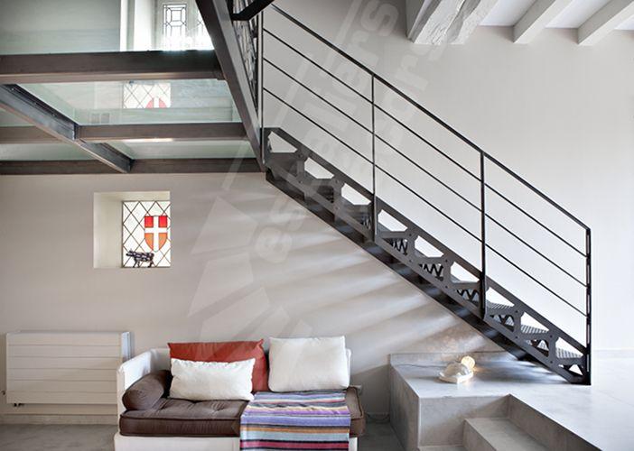 escalier droit style industriel