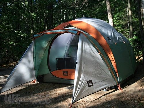 REI Kingdom 6 Tent Review - A Family Tent with Room to Spare   LifeintheWild. & REI Kingdom 6 Tent Review - A Family Tent with Room to Spare ...